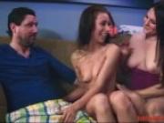Bildhübsche Krankenschwestern möchten Sex Sexy Escortgirl wird unter freiem Himmel schonungslos durchgebumst
