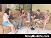 Stylisches FSK  Video mit schwanzgeiler Hure Hartes Fickvideo mit brünetter Granny Willige Frau steht auf Schwanzlutschen